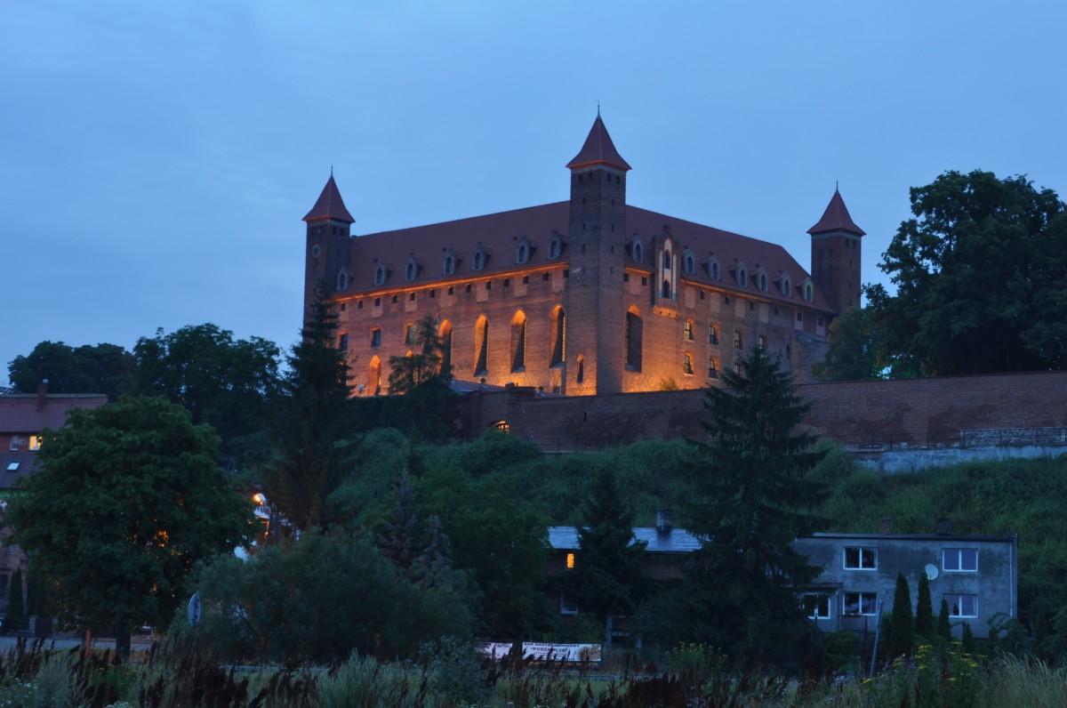 Zdjęcia: Gniew, Pomorskie, Gniew, zamek nocą, POLSKA
