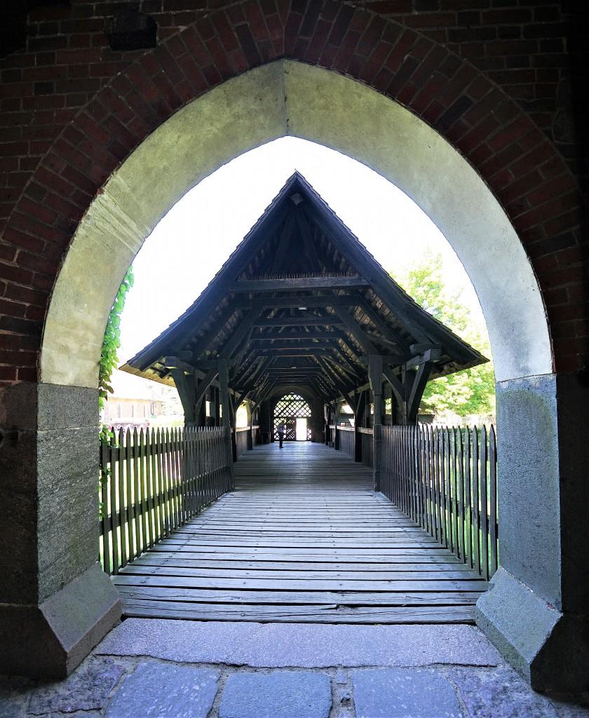 Zdjęcia: Gotycki zamek krzyżacki, Malbork, Wejście na zamek, POLSKA