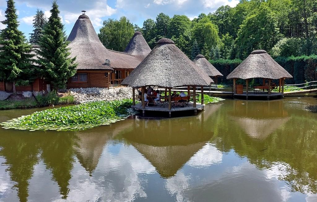 Zdjęcia: Kluki, łódzkie, Restauracja na wodzie, POLSKA