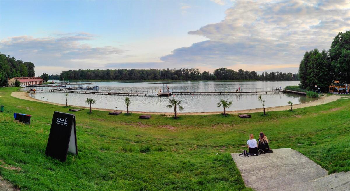 Zdjęcia: Choszczno, zachodniopomorskie, Nad jeziorem Kluki, Choszczno, POLSKA