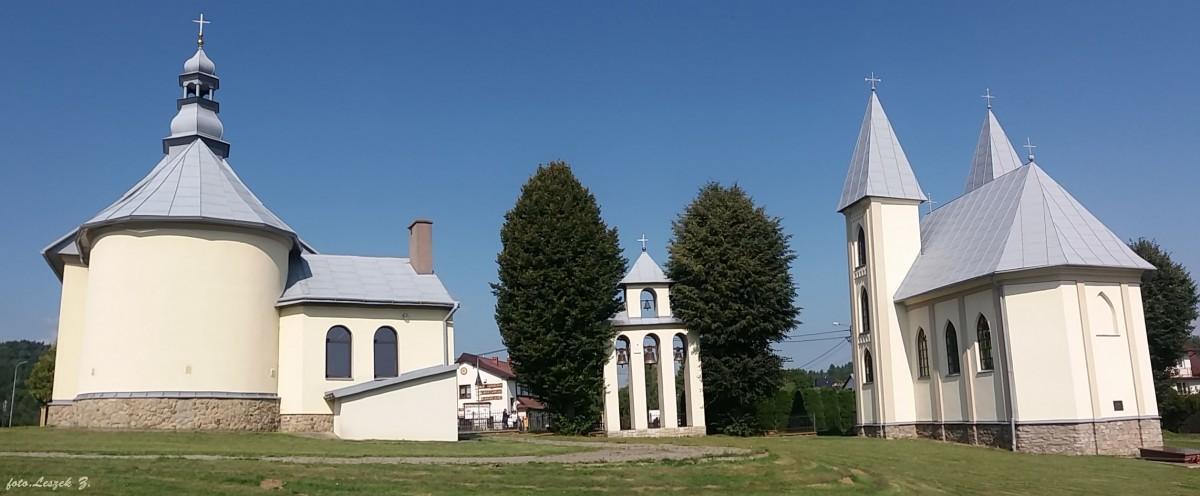 Zdjęcia: pow.leski., woj.podkarpackie., Myczków - dwa kościoły ze wspólną dzwonnicą., POLSKA