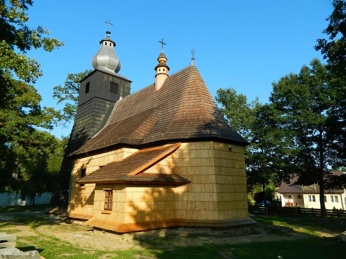 Zdjęcia: pow.leski., woj.podkarpackie., Bachlawa - kościół Narodzenia NMP., POLSKA