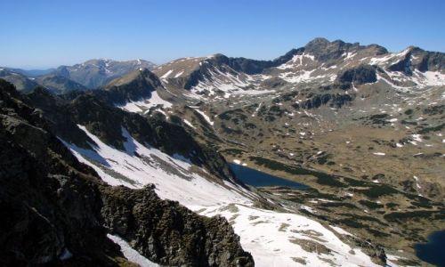 Zdjecie POLSKA / Tatry Wysokie / przed szczytem / ...w oddali Świnica 2301 m.n.p.m.