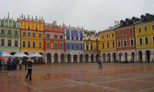 Zdjęcie POLSKA / Roztocze / Zamość / Rynek Wielki z kamieniczkami