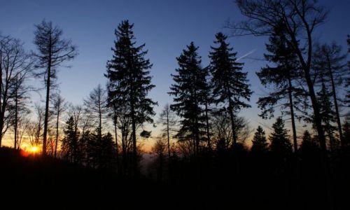 Zdjecie POLSKA / - / Droga na Ślężę / Zachód słońca pod Ślężą