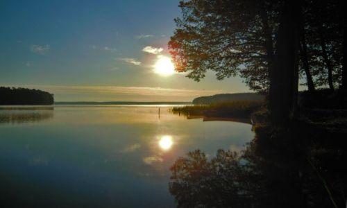 Zdjęcie POLSKA / Mazury / Jezioro Nidzkie - Karwica / Wschód slońca nad Nidzkim