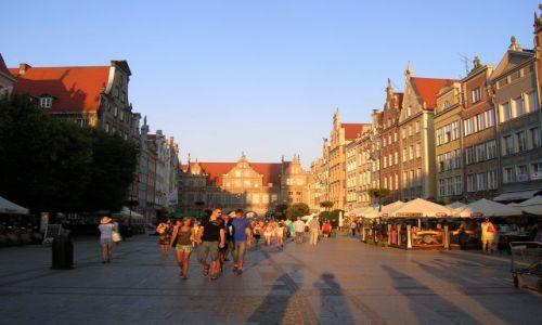 Zdjęcie POLSKA / Gdansk / Centrum / Ulica Dlugi targ w Gdansku
