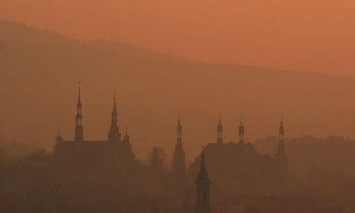Zdjęcie POLSKA / Świętokrzyskie / Kielce / Widok na Wzgórze Zamkowe w Kielcach