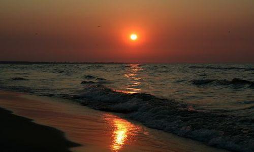 Zdjęcie POLSKA / - / Jantar / Zachód słońca nad polskim morzem