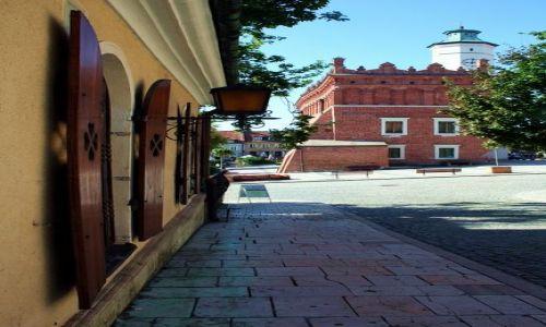Zdjęcie POLSKA / Świętokrzyskie / Sandomierz / Okiennice