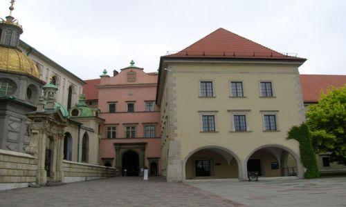 Zdjęcie POLSKA / Krakow / Krakow / Okolice Wawelu