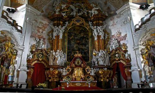 Zdjecie POLSKA / Krzeszów / bazylika Wniebowzięcia Matki Bożej Ołtarz główny.  / ....