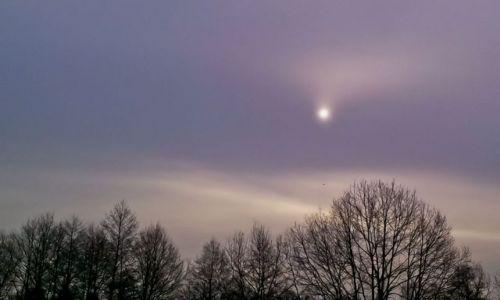 Zdjecie POLSKA / Mazowsze / Zielonka / Słońce czy księżyc? :)