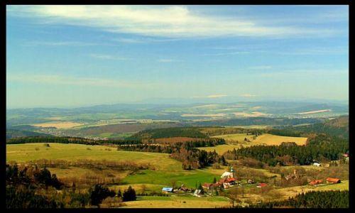 Zdjecie POLSKA / Góry stołowe / szczeliniec / widok ze szczelinca