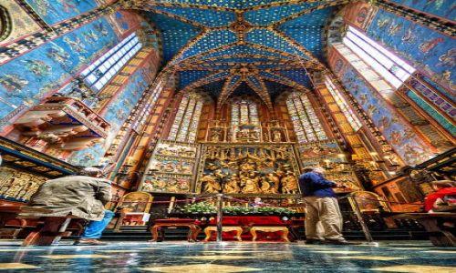 Zdjecie POLSKA / Kraków / Kościół Mariacki / St. Mary's Basi
