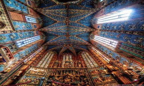 Zdjecie POLSKA / Kraków / Kościół Mariacki Kraków / St. Mary's Basi