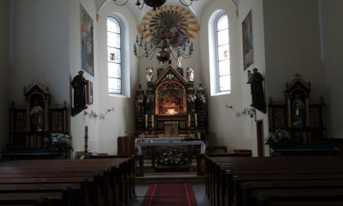 POLSKA / Prudnik / Klasztor Franciszkanów / Ołtarz .
