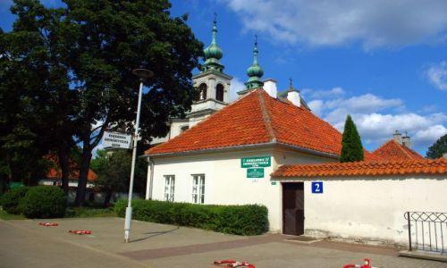 Zdjecie POLSKA / Mazowsze. / Warszawa, ul.Dewajtis 3, Las Bielański. / Zespół klasztorny kamedułów na Bielanach.