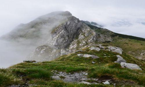 Zdjecie POLSKA / Tatry / Szczerba  / Szczerba we mgle...