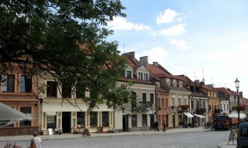Zdjecie POLSKA / Świętokrzyskie / Sandomierz / kamieniczki przy Rynku