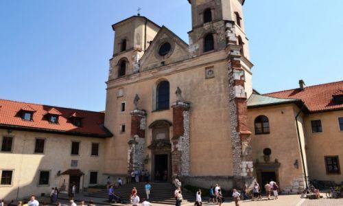 Zdjecie POLSKA / małopolska / Kraków - Tyniec / kościół św. Apostołów Piotra i Pawła w Tyńcu