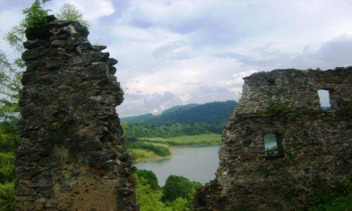 Zdjecie POLSKA / Małopolska / Czorsztyn / Z murów zamku w Czorsztynie