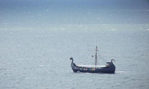 Zdjęcie POLSKA / morze / Międzyzroje / statek wycieczkowy