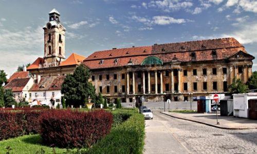 Zdjecie POLSKA / Woj Lubuskie / Żary / Kompleks zamkowo - pałacowy Bibersteinów.