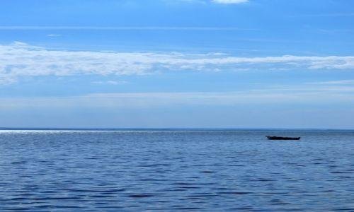 POLSKA / północny / Hel / Samotna łódka