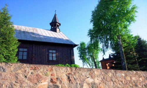 Zdjecie POLSKA / Mazowieckie / Kiczki / Wiejskie kościółki