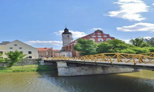 Zdjęcie POLSKA / Śląsk Opolski / Opole / Opole, widok na klasztor franciszkański