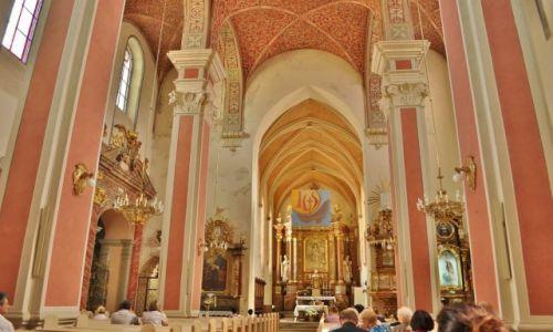 Zdjęcie POLSKA / Śląsk Opolski / Opole / Wnętrze kościoła franciszkańskiego