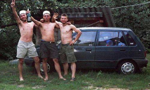 """POLSKA / brak / Gdzieś pod Radomiem:))) / Już po przyjeździe do Polski z naszym """"Małym Porsche""""."""
