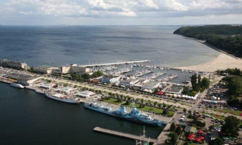 Zdjecie POLSKA / Pomorze / Taras Sea Towers w Gdyni / Nabrzeże Pomorskie w Gdyni