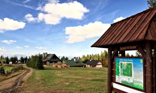 Zdjecie POLSKA / Gorce / Gorczański Park Narodowy. / Szlaki piesze -  przez Gorczański Park.