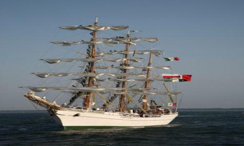 Zdjęcie POLSKA / Pomorze Zachodnie / The Cutty Sark Tall Ship Race Szczecin 2007 / Cuauhtémoc,  trzymasztowy bark z Meksyku