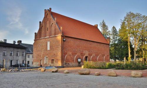 Zdjęcie POLSKA / Pomorze / Kartuzy / Kartuzy,zabudowania klasztorne pokartuzkie