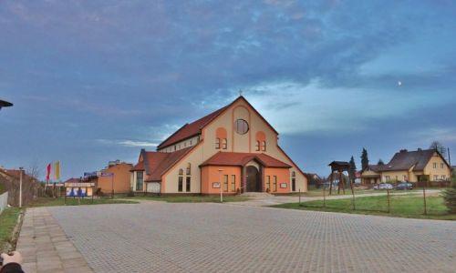 Zdjęcie POLSKA / Warmia i Mazury / Iława / Ostróda, kościół franciszkanów
