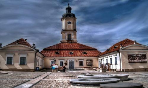 Zdjęcie POLSKA / Podlasie / Białystok / Na rynku w Białymstoku