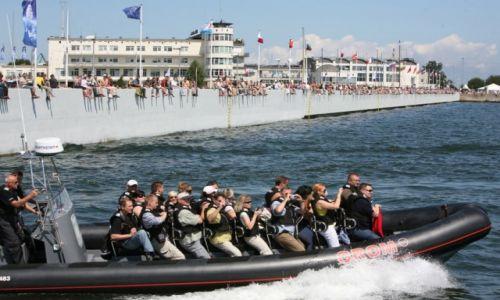 Zdjęcie POLSKA / Pomorze / Gdynia - The Tall Ships' Races Gdynia 2009 / Amatorzy i zawodowcy