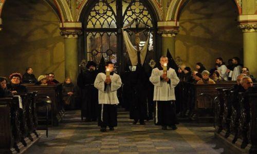 Zdjęcie POLSKA / Małopolska / Kraków / Kraków, Franciszkanie, nabożeństwo Męki Pańskiej