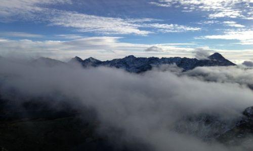 Zdjecie POLSKA / Tatry / Swinica / Szczyty w chmur