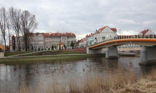 POLSKA / Konin / Nad Wartą / Most toruński i siedziba Urzędu Miejskiego