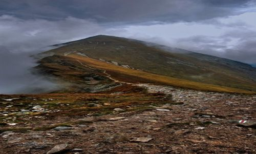 Zdjęcie POLSKA / Tatry / na szlaku / Starobociański w chmurach :)