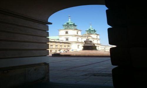 Zdjęcie POLSKA / mazowieckie / Warszawa / Spod fasad Pałacu Staszica