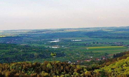 POLSKA / Podkarpacie / Kalwaria Pacławska / Kalwaria Pacławska - widok na pogranicze Polski i Ukrainy