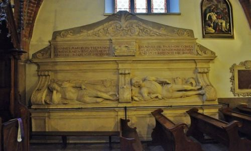 Zdjęcie POLSKA / Małopolska / Tarnów / Tarnów - katedra,  nagrobki