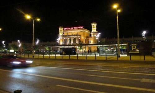 Zdjecie POLSKA / Dolnośląskie / Wrocław / późny wieczór w mieście