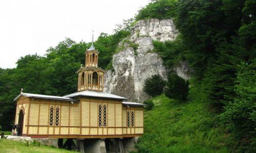 Zdjęcie POLSKA / Jura Krakowsko - Częstochowska / okolice Ojcowa / Kaplica Na Wodzie