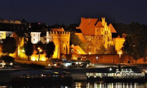 Zdjęcie POLSKA / Kujawsko-Pomorskie / Toruń / Toruń nocą
